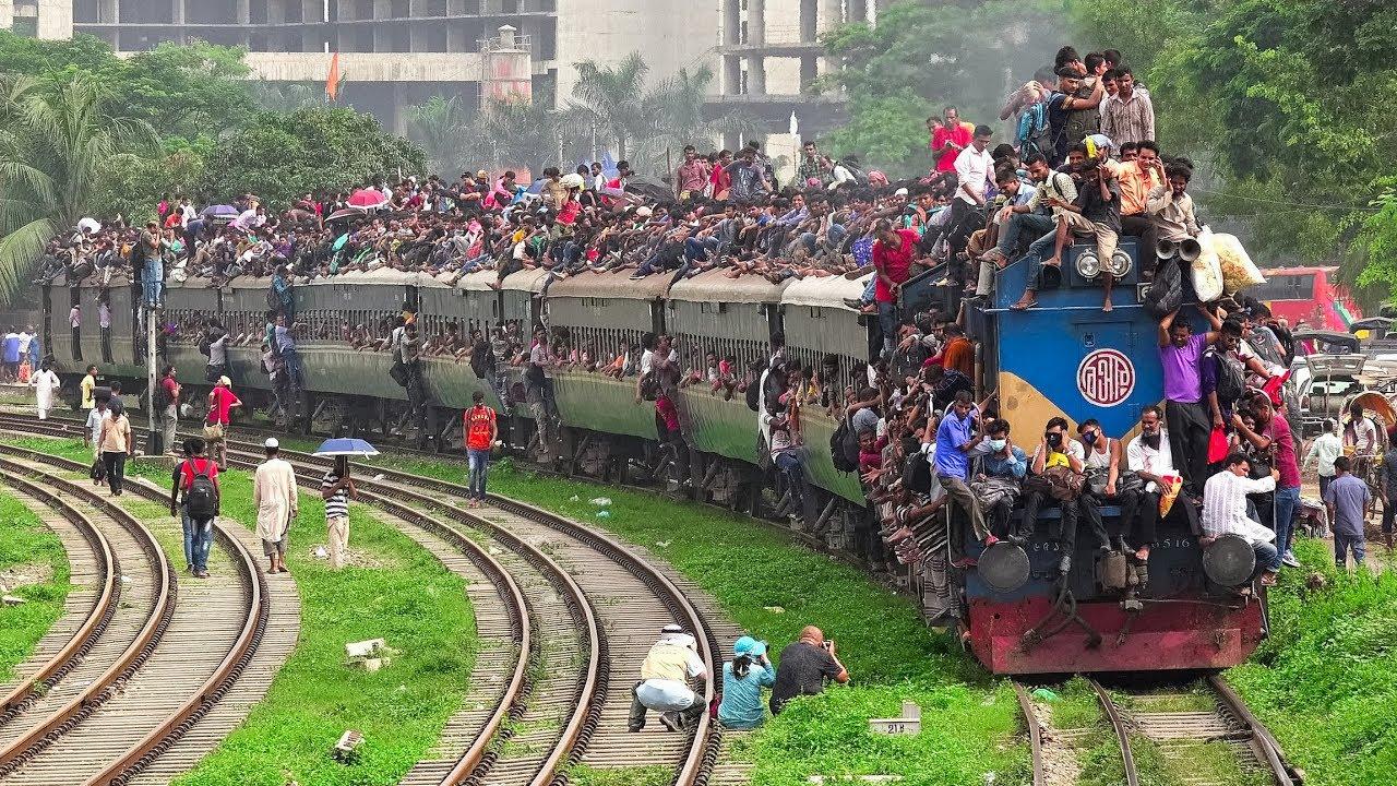 Αποτέλεσμα εικόνας για Bangladesh Railway Natural Video The World