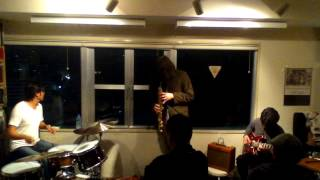 Trio Improvisation-谷川卓生(g) 本田珠也(ds) 狩俣道夫(fl, ssax)