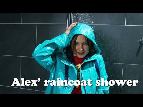 Wetlook - Alexandra showers in her raincoat