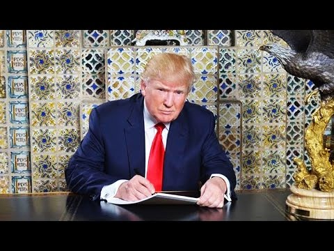 BUSTED: Trump Stages a Bigly Photo of Himself Fake Writing the Greatest Speech You
