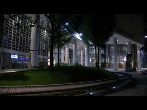 Italy city at night 7 - Milano by night - extracts - 2013