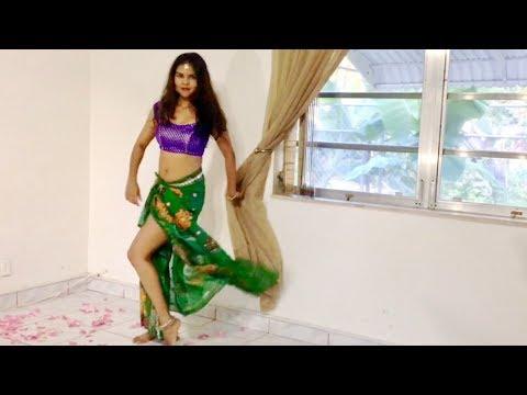 Koi Jaye To Le Aaye   Mamta Kulkarni   Bollywood Dance