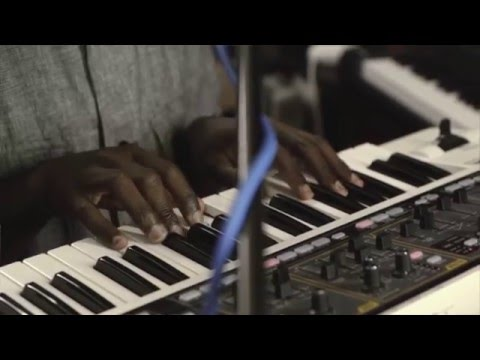 Kwes. - LGOYH (Let go of your hurt) (Music Rooms #6)
