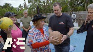 Hoarders: Family Feud (Season 10) | A&E