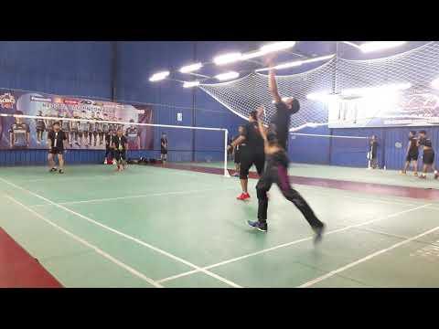 Badminton Friendly Match Pora & Mizi Vs Segambut Masjid BC First Game