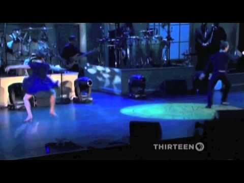 Mike DelGuidice sings Billy Joel's The...