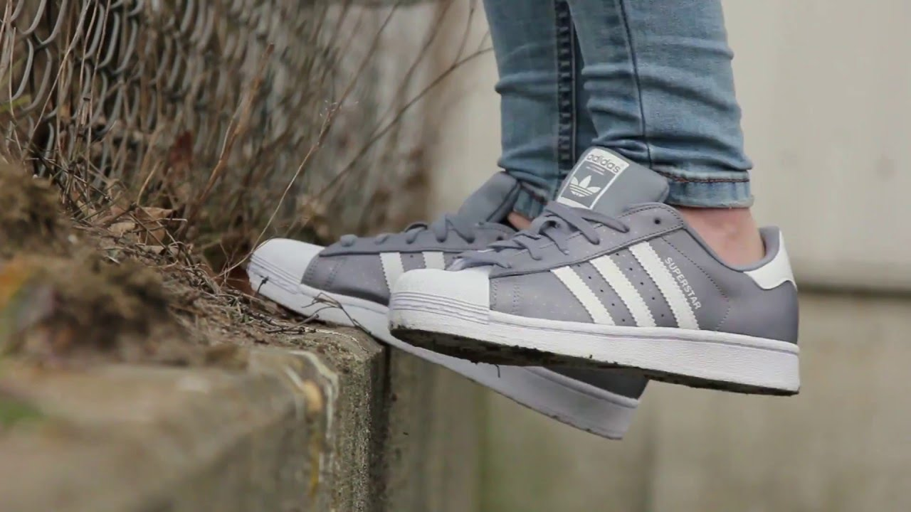 Adidas - SUPERSTAR - GREY/WHITE