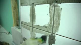 4. Затирка швов: Укладка плитки на стену с использованием Крепс Усиленный