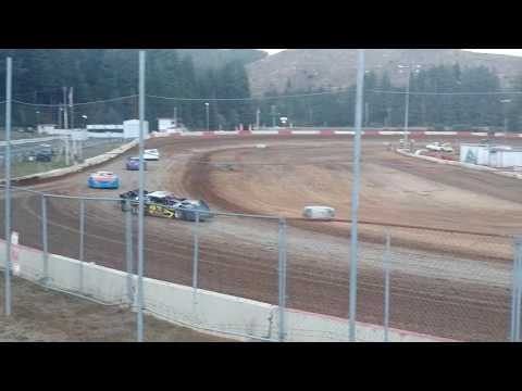 coos bay speedway late model heat race #2 9-3-16