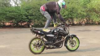 Bike Stunt in Tamilnadu Engineering college / Praveen Stunt / The Stunt Channel