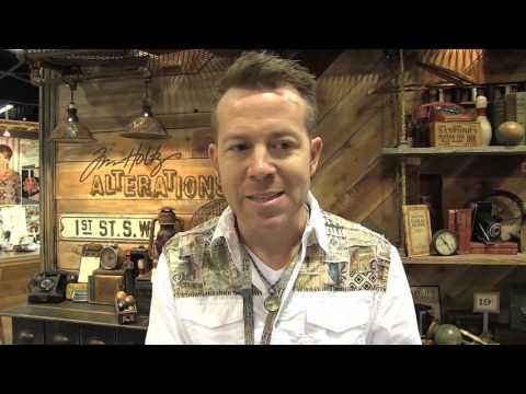 Tim Holtz demos the Vagabond 2 at Sizzix - CHA 2016