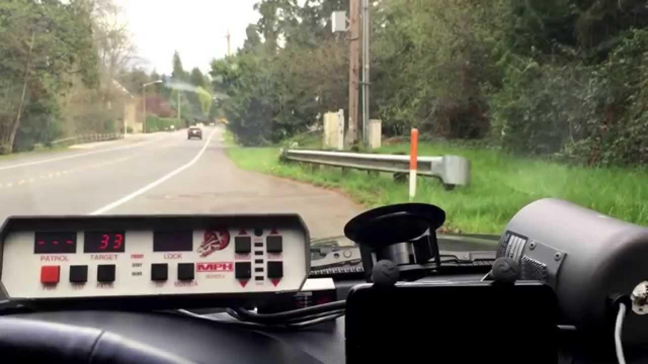 mph python ii k band radar gun clocking traffic in stationary mode rh youtube com Traffic Radar Gun Python Radar Parts