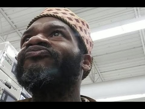 Jaheim Proves He Didn&39;t Fall Off Almost Crashes Cart In Walmart