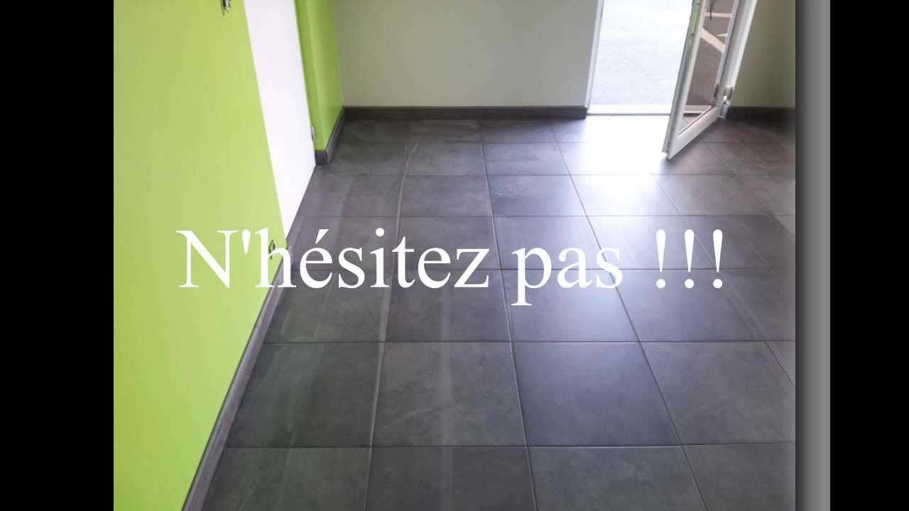 Pose d 39 un carrelage 45 45 ceram pleine masse youtube for Pose carrelage