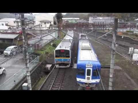 Rail transport in Japan【富士急行】有難い鳥居の駅と6000系(元JR東日本205系) 大月線大月駅 陸橋からの撮影