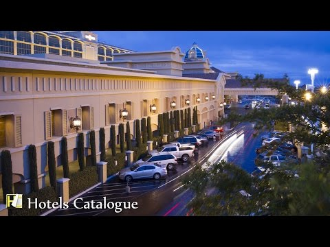 Suncoast Luxury Hotel & Casino with Full Amenities in Las Vegas - Hotel Tour