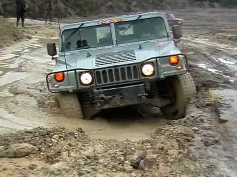 Hummer H1 offroading - YouTube