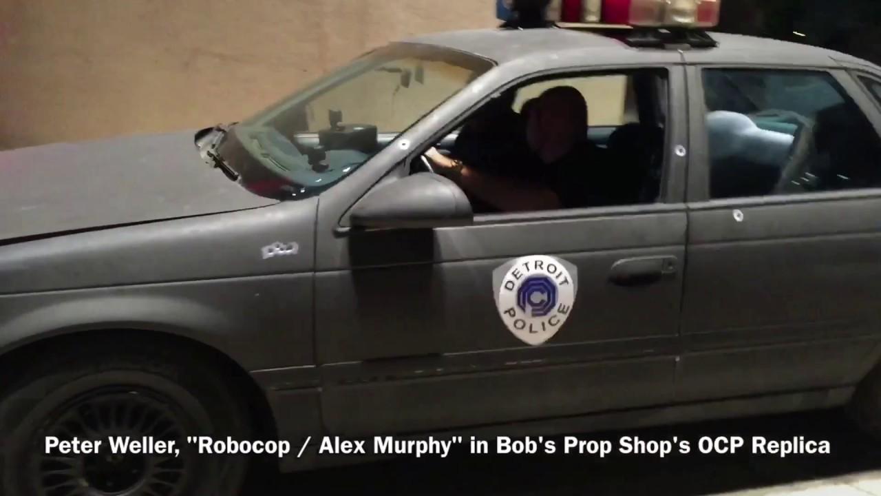 Dallas Car Show >> Robocop (Peter Weller) arrives at OCP Headquarters in Bob ...