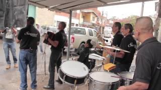 Enrique Vargas y conjunto: Recuerdo a mi viejo barrio [Multitoma]