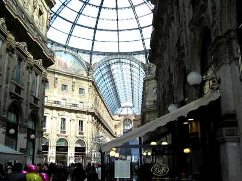 MILANO ITALY (center)