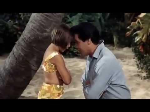 Elvis Presley # Queenie Wahine's Papaya Paradise Hawaiian Style