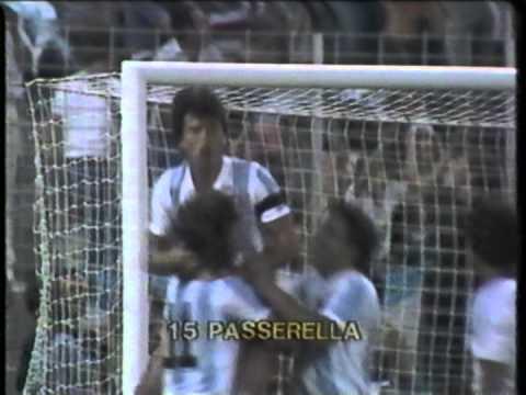 1982 (June 23) Argentina 2-El Salvador 0 (World Cup).mpg