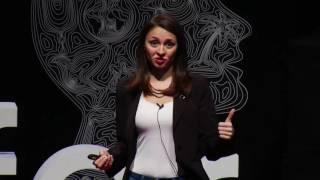 Nasıl daha mutlu bir insan olabiliriz? / How to be a happier person? | Deniz Ağar | TEDxNilüfer