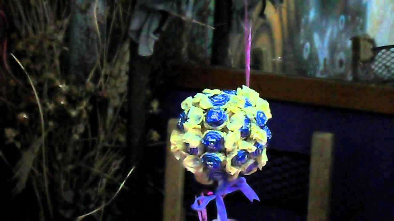 Centro de mesa con caramelos y globos con gas helio youtube - Adornos con golosinas ...