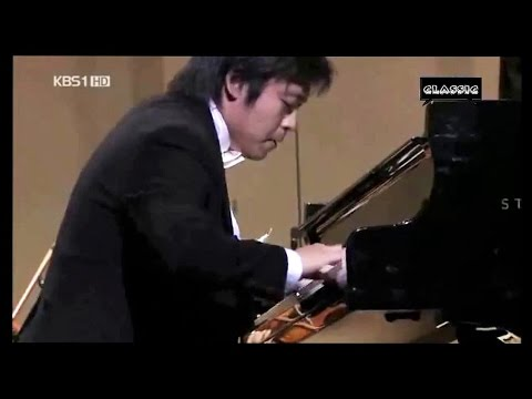 MOZART~ Piano Concerto # 22 in E flat  -  SUN WOOK KIM