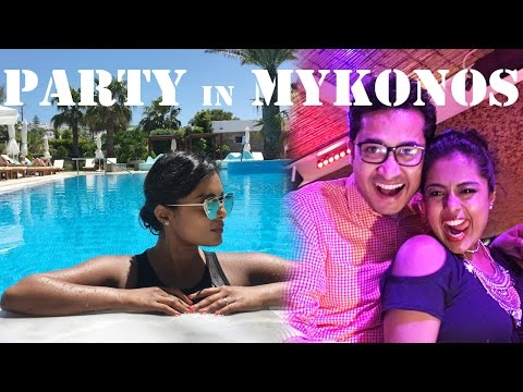 Exploring Mykonos Nightlife - Beach Party in Mykonos + Dinner By The Sunset