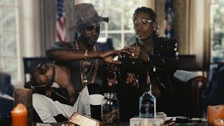 Смотреть клип 2 Chainz Feat Wiz Khalifa - A Milli Billi Trilli