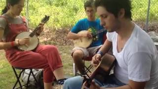 Tico tico - Brazilian old-time chorro jam at Mount Airy Fiddlers Convention 2016 - The 3 Arrows