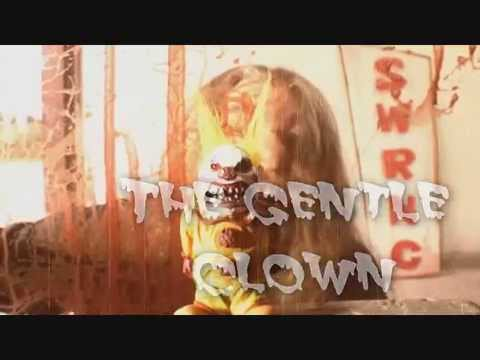 """A NIGHTMARE ON """"CLOWN"""" STREET-Scary Clowns Will KILL YOU!"""