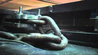 Break load test of 90 mm Anchor Chain