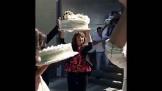 Жених с подарками приехал забирать невесту / Красивая армянская свадьба 2018