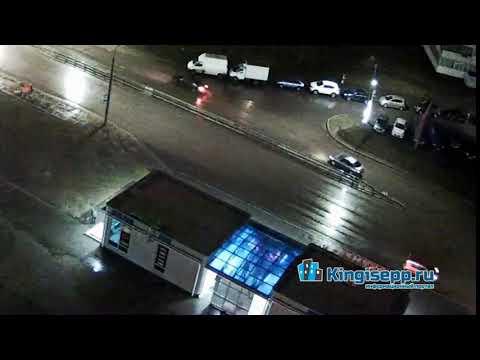 Видео момента ДТП на пересечении Крикковского шоссе и Воровского в Кингисеппе. KINGISEPP.RU