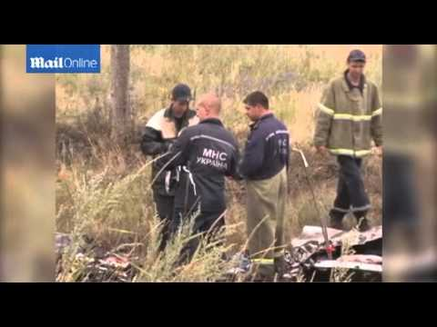Representatives from the OSCE arrive at MH17 crash site
