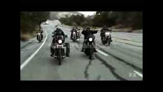 Sons of Anarchy - Burn it down chase scene