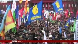 Ukraine President Viktor Yanukovych pardons Yulia Tymoshenko allies