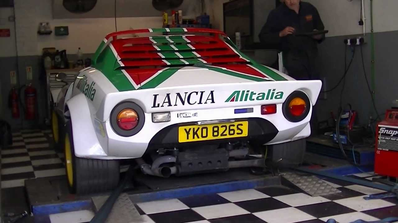 Hawk Lancia Stratos on the rolling road - YouTube