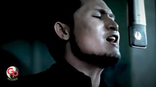 Download lagu Andra And The Backbone - Musnah [Official Music Video]