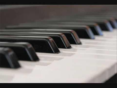 Serenolina (Piano Improvisatie)