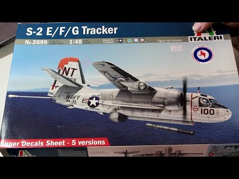 Italeri S 2 E F G Tracker REVIEW