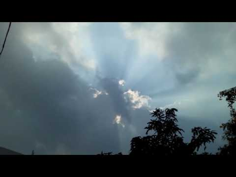 angel caught on camera l mysterious gods lighting coming back in clouds