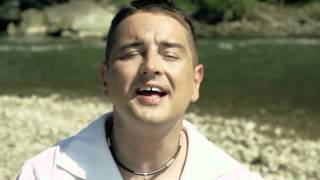 Rajmund - Nikt tak nie całuje ( Oficjalny Teledysk )