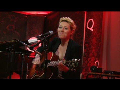 'Coming Tonight' by Martha Wainwright on QTV