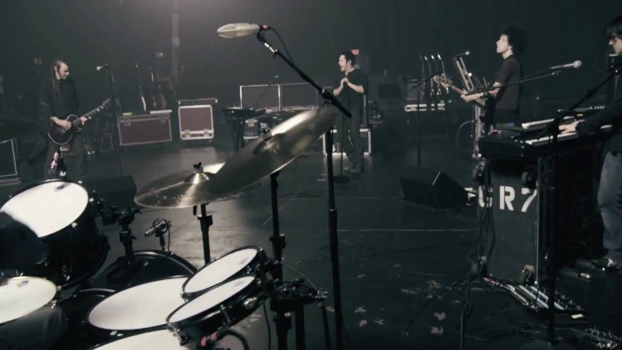 NIN: Discipline live at rehearsals, July 2008 [HD] - YouTube