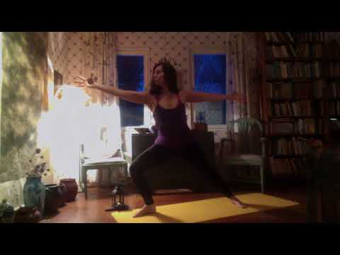 Reaching and pulling - Body Mind Flow Yoga 13