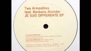 Two Armadillos - Je suis differente (feat. Barbara Alcindor)