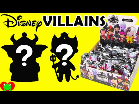 Disney Villians Figural Keyrings with 2 Exclusives Finds